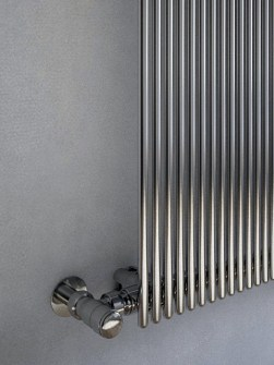 agatha-chrome-vertical-radiator