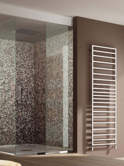 tolmezzo-chrome-towel-radiator